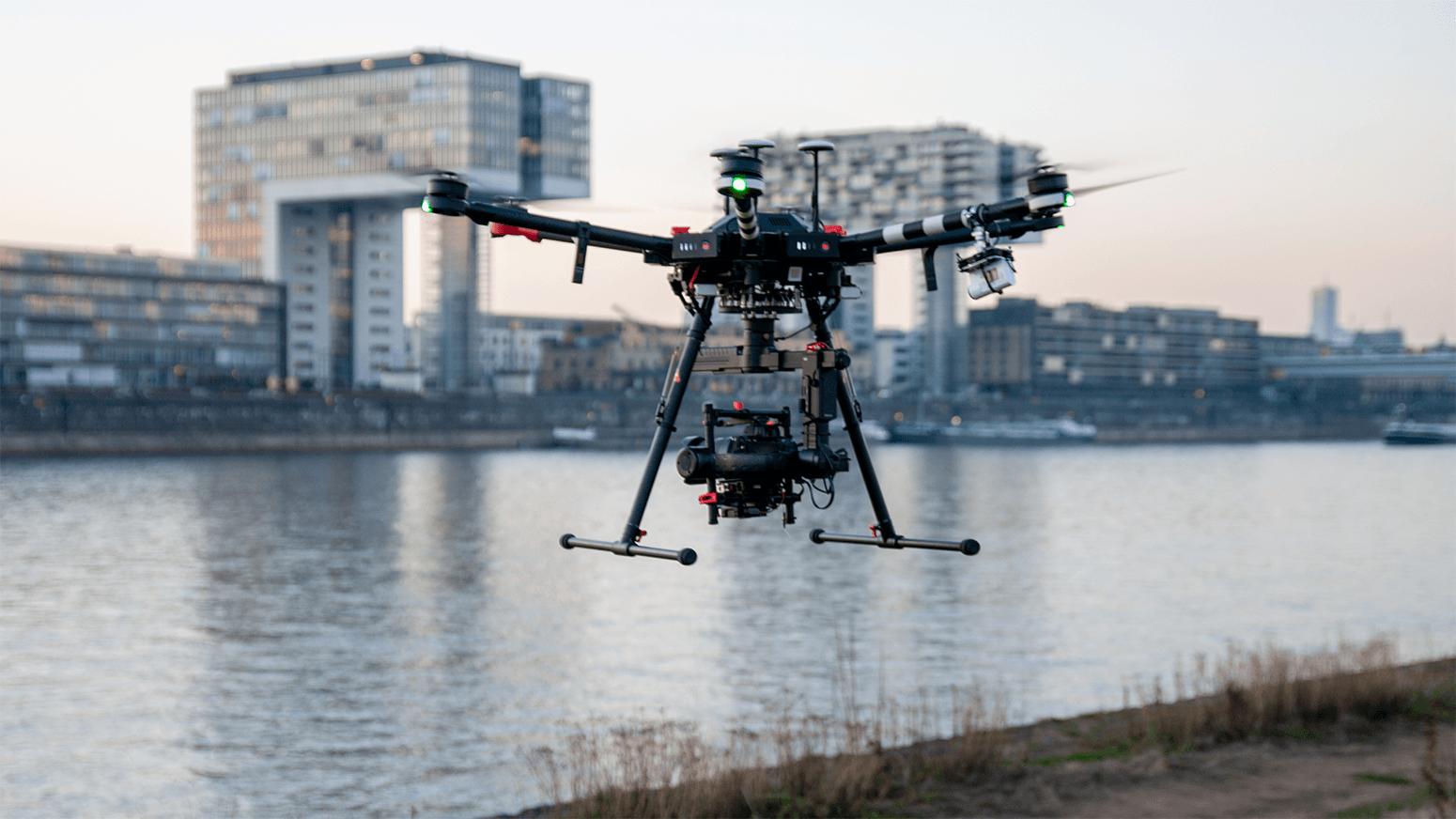 creative-eye.de Leistungen Luftaufnahme mit der DJI Matrice 600 Köln